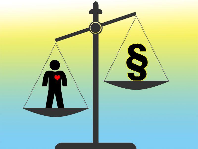お金と心を天秤にかける