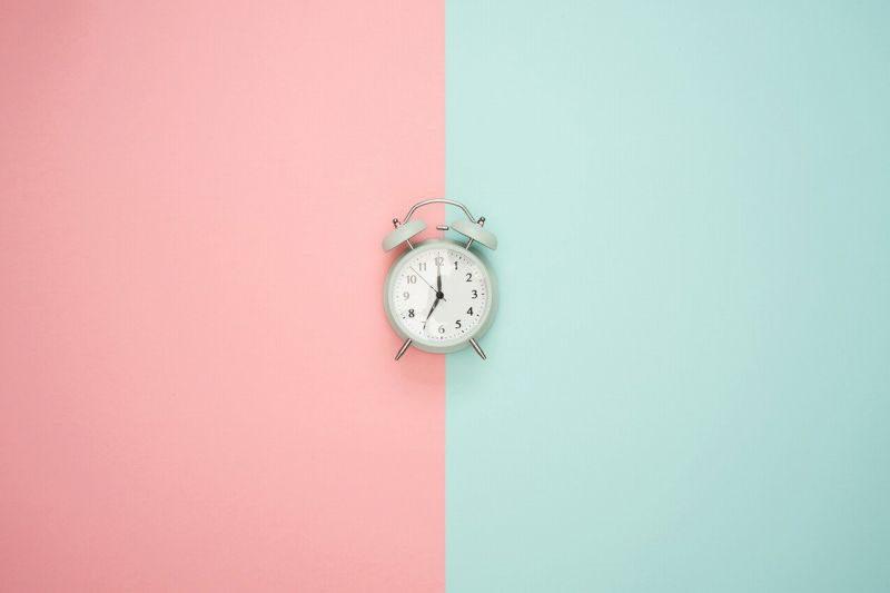 時計と色分けした時間